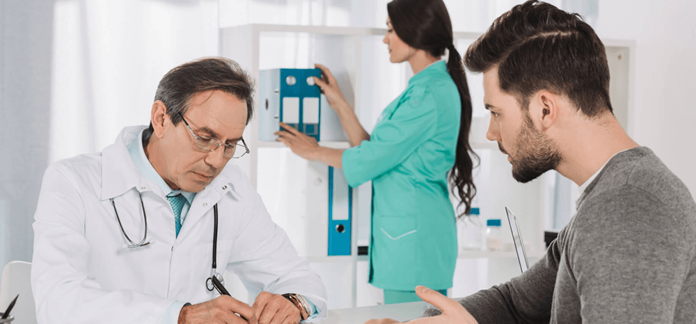 Hospital das Clínicas da UFMG oferece pré-natal para homens